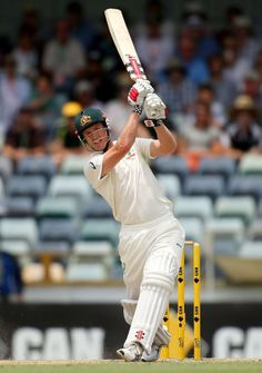 Bailey hits world-record 28 off over