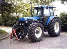 New Holland 8340 with front linkage