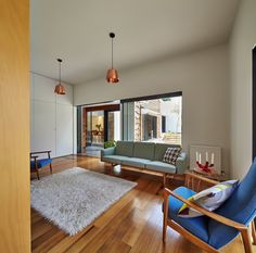 Image 18 of 48 from gallery of Tower House / Austin Maynard Architects. Photograph by Peter Bennetts