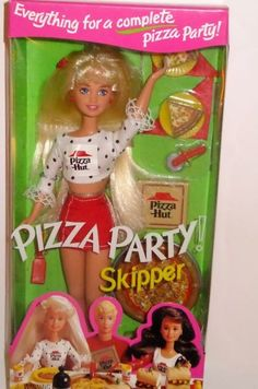 seriously these clothes were so hard to get on the dolls that half the time they baked the pizza naked.