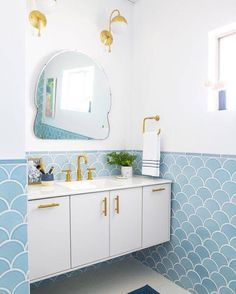 Houzz predicts 2016 will be the year of the statement mirror!   #bathroomideas