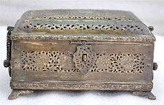 1850s Indian Antique Hand Crafted Engraved Fine Brass Betel Nuts Box