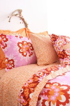 Pink and Orange (Amy Butler) bedding