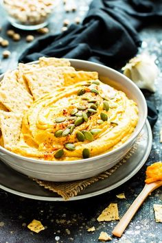 From cheese balls to mini tarts here are 20 of the Best of Pinterest Thanksgiving Appetizers to satisfy your family before the big meal. Vegan Thanksgiving, Thanksgiving Appetizers, Vegan Gluten Free, Dairy Free, Pumpkin Hummus, Savory Pumpkin Recipes, Hummus Recipe, Appetizer Recipes, Food Processor Recipes