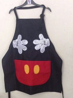 Disney Aprons, Disney Dress Up, Jean Apron, Sewing Crafts, Sewing Projects, Fiesta Mickey Mouse, Mouse Crafts, Make Your Own Shirt, Sewing To Sell