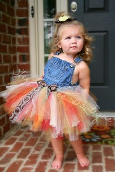 tutu - ready for a barn/farm wedding!Found on Store Envy Overall Tutu, Little Girl Dresses, Flower Girl Dresses, Fabric Tutu, Tutus For Girls, Tutus For Babies, How To Make Tutu, Diy Tutu, Foto Baby