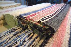 Domácnosť zútulní, napríklad aj ručne tkaný koberec.