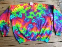 Bleach Tie Dye Discover Autumn Rainbow Sweatshirt Tie Dye Choose Size S - How To Tie Dye, Tie And Dye, Bleach Tie Dye, Tye Dye, Moda Tie Dye, Cut Up Shirts, Band Shirts, Diy Tie Dye Shirts, Tie Dye Crafts