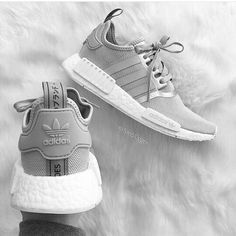 Imagem de shoes, adidas, and fashion