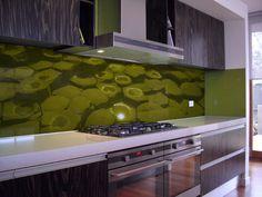 VR-Art-Glass_green-sback.jpg (945×709)