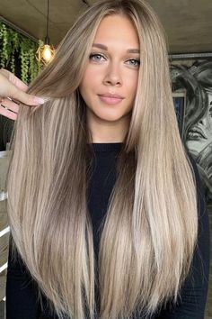 Winter Hairstyles, Pretty Hairstyles, Side Fringe Hairstyles, Hair Inspo, Hair Inspiration, Haircuts For Long Hair, Medium Long Hairstyles, Haircut Long Hair, Short Trendy Haircuts