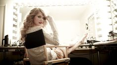 best hq wall paper taylor swift in high res free