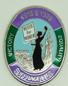 Suffragette - Womens Rights - Votes For Women - Day - Enamel Badge Womens Rights Posters, Suffragette Jewellery, Deeds Not Words, Women Right To Vote, Modern Feminism, Suffrage Movement, Retro Photography, Women In History, Ladies Party