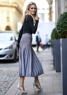Olivia Palermo: Photo - All About Fashion Estilo Olivia Palermo, Olivia Palermo Style, Olivia Palermo Lookbook, Fashion Mode, Work Fashion, Modest Fashion, Fashion Outfits, Milan Fashion, Office Fashion
