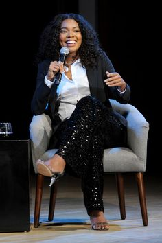 Gabrielle Union Photos - Actress and fashion designer at New York & Company Gabrielle Union speaks onstage during Glamour Celebrates 2017 Women Of The Year Live Summit at Brooklyn Museum on November 13, 2017 in New York City. - Glamour Celebrates 2017 Women of the Year Live Summit