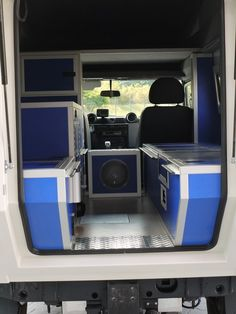 custom campers iveco 4x4 single cab wohnkabinen pinterest vw t5 innenausbau und selber. Black Bedroom Furniture Sets. Home Design Ideas
