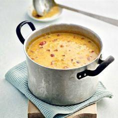 Linssi-juustokeitossa yhdistyvät mausteisuus ja juustoinen täyteläisyys. Katso ohje ja tee itse!
