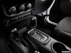 2015 Jeep Wrangler Unlimited shifter