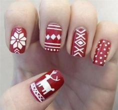 Christmas Nail art Designs and Ideas http://www.smyblog.com/30-christmas-nail-art-designs-and-ideas/10/