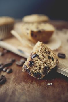 12 cupcake sized muffins  2 cups all-purpose flour  1/2 cup sugar  1/4 cup  brown sugar  2 teaspoons baking powder  1/2 teaspoon ground cinnamon  1/2 teaspoon salt  1 cup whole milk  2 tablespoons espresso powder  4 oz unsalted butter, melted  1 egg  1 teaspoon vanilla extract  1 cup semisweet chocolate chips