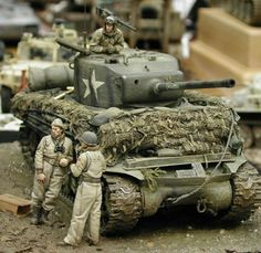 A Sherman Tank crew awaits orders to move. Military Diorama, Military Art, M10 Wolverine, Military Action Figures, Sherman Tank, Model Tanks, Military Modelling, Ww2 Tanks, Toy Soldiers