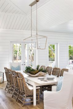 Home Remodel Before And After House Tour-The Prettiest Florida Cottage Overlooking the Inter-Coastal Waterway.Home Remodel Before And After House Tour-The Prettiest Florida Cottage Overlooking the Inter-Coastal Waterway Style Cottage, Cottage Homes, Cottage Interiors, Beach House Interiors, Mixed Dining Chairs, Dining Tables, Wicker Dining Room Chairs, White Dining Room Table, Lounge Chairs