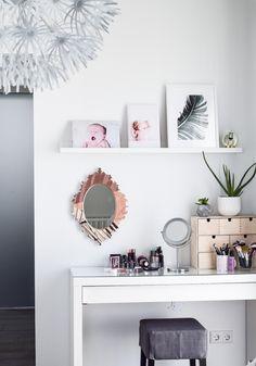 Schon Ikea Schminktisch Ideen Aufbewahrung Ordnung Dekoration Schminktisch  Einrichten Und Organisieren Und Schmink Spiegel Von Hello Sunday