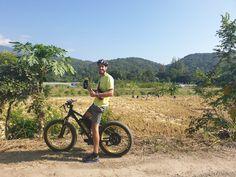 Chiang Mai E-bike tour with Buzzy Bee Bike  🐝🚴♀️🚴🏼♂️ #buzzybeebike #chiangmai #thailand #ebike #ebiking #fatbike #fatbiking #cyclingtour #cycling #electricbicycle #thailandtravel #lovethailand #amazingthailand #pmtours #pmtourschiangmai