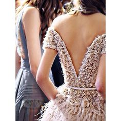Elie Saab you can do no wrong. Backstage 2015 via @eliesaabworld ™@georgeousoccasions