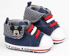 Mickey Mouse Crib Shoes   Lovë thēm