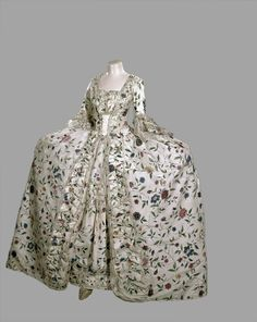 Robe a la francaise ca. 1745-50 From the Royal Ontario Museum