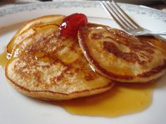 A Kosher for Passover pancake recipe made with matzah cake meal and tapioca starch.