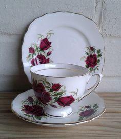 Colclough China vintage rose design bone china trio set - Elsie Rose Homewares