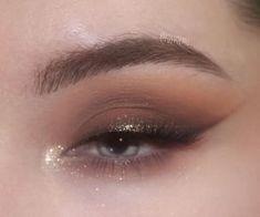 384 images about Eye Makeup on We Heart It Fancy Makeup, Edgy Makeup, Creative Eye Makeup, Makeup Eye Looks, Eye Makeup Art, Cute Makeup, Pretty Makeup, Skin Makeup, Makeup Inspo