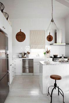 A Dozen Inspiring All-White Kitchens | Apartment Therapy