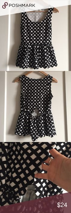 """⚡️SALE anthropologie peplum top anthropologie postmark """"clovelly"""" peplum tank top with black and white pattern. scalloped edges along bottom at at opening on back. excellent condition, worn once. 70% cotton, 28% polyester, 2% spandex. bundle and save! Anthropologie Tops Tank Tops"""