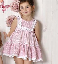 romántico vestido                                                                                                                                                                                 Más