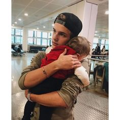 Idk who this guy is but he's cute aaaand he's holding an adorable baby<<<that's Alex Lange he's hot af Cute Family, Baby Family, Family Goals, Couple Goals, Cute Relationship Goals, Cute Relationships, Relationship Quotes, Foto Baby, Holding Baby