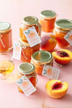 Drunken Peach Jam Recipe (with bourbon!) and FREE printable labels!...