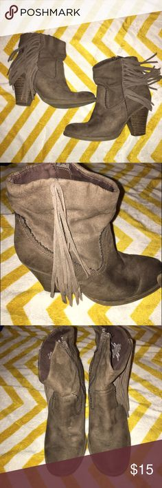 Boho Fringe Taupe Ankle booties Boho/western style ankle booties  Color is a mix between light brown and taupe. Fringe on outer side with inner zipper. Stacked heel about two inches. Micro-suede material. Very comfy and super cute! Worn twice, just have too many shoes! One small scuff on inner side and one small mark on heel shown in picture. *not lucky brand but tagged for exposure* Lucky Brand Shoes Ankle Boots & Booties