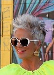 Chic Haircut, Pixie Haircut, Short Hair Cuts, Short Hair Styles, Cat Eye Sunglasses, Sunglasses Women, Short Silver Hair, Chic Over 50, Hair Color And Cut