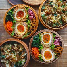 いいね!382件、コメント1件 ― CHIKAさん(@xxxxchikaxxxx)のInstagramアカウント: 「今日のお弁当 *. 混ぜご飯(豚バラとゴボウの甘辛煮と三つ葉)とスコッチエッグおべんでおはようございます♡ 卵を半熟にしすぎてお肉が上手く包めなかった…」