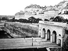 Schottentor ... Monuments, Austria, Louvre, Black And White, History, City, Building, Travel, Vintage