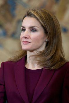 Queen Letizia of Spain Medium Layered Cut