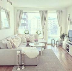 Inspiring small living room decorating ideas for apartments (100)