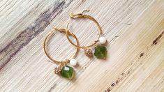 Orecchini a cerchio con pendenti e agata verde Earrings, Jewelry, Fashion, Ear Rings, Moda, Stud Earrings, Jewlery, Bijoux, La Mode