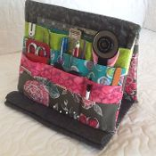 Tooly Tool Holder Easel:  cute idea, pattern would be easy to make.