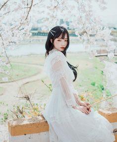 Korean Beauty Girls, Korean Girl Fashion, Ulzzang Korean Girl, Cute Korean Girl, Preety Girls, Cute Makeup, Pretty And Cute, Aesthetic Girl, Girl Photos