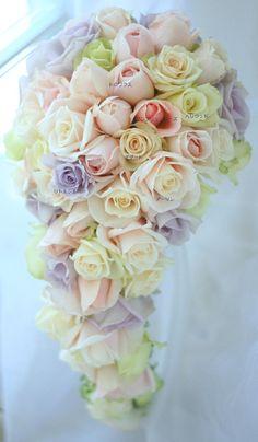 新郎新婦様からのメール センチュリーハイアットの新婦さま : 一会 ウエディングの花