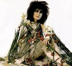 Siouxsie Sioux, Plus Siouxsie Sioux, Siouxsie & The Banshees, Video Show, Women Of Rock, Victorian Goth, Joan Jett, Gothic Rock, Music Icon, Post Punk